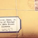Universidad de Chicago recibe paquete para Indiana Jones